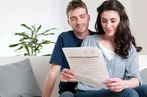 Как переоформить квартиру на супруга